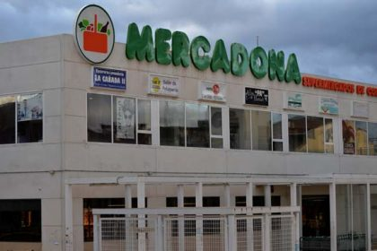 plazas parking mercadona Valdemorillo