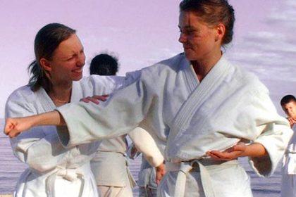 taller defensa personal femenina
