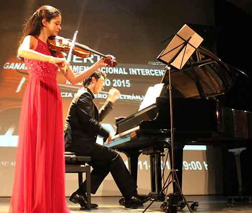 violinista Patricia Cordero