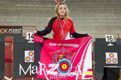 Alexa campeona España tiro con arco
